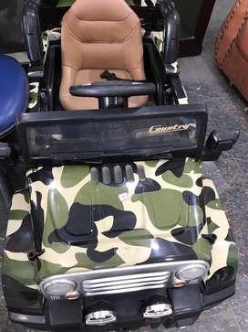 Mobil remote dan aki charge