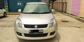 SUZUKI SWIFT 2011 MT