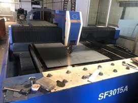 Cnc bending machine and laser cutting machine operator