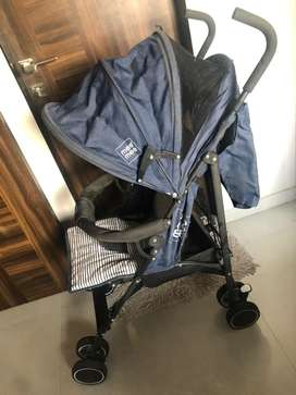 Baby stroller with additional net (Mee Mee brand)