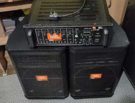 JBL Dj Power Amplifier With JBL Two DJ Speakers Excellent Condition