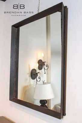 Beauty parlour mirrors