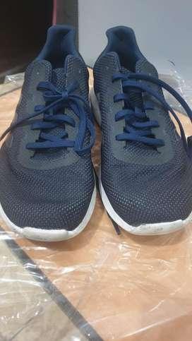 Dijual Sepatu Adidas Uk. 45