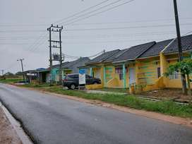 Rumah mewah dekat pinggir jalan aspal kecamatan jati agung