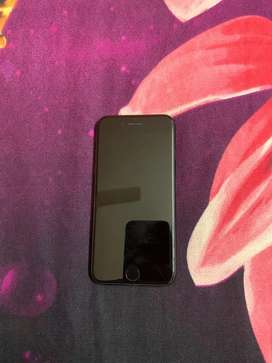 Iphone 7 32 GB Rs 18000
