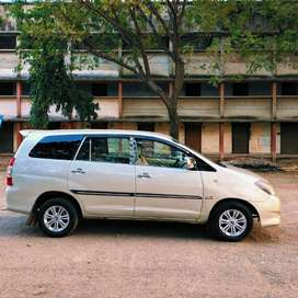 Toyota Innova 2.5 G (Diesel) 8 Seater BS IV, 2008, Diesel