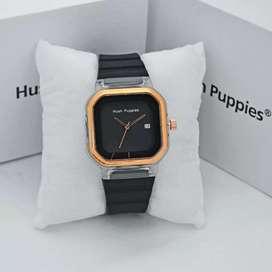 Jual jam tangan wanita#Hush pupies#dimensi kotak, keren,tali karet,ok