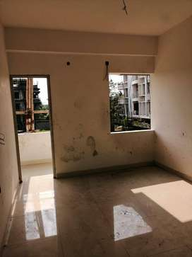 IN VIP ROAD, 3 BHK 85%WORK COMPLICATED  FLAT