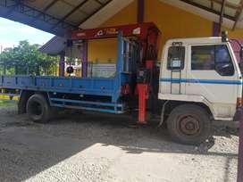 Dijual truk crane fuso