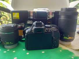 DSLR camera 2 years old. Selling in need of money