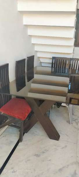 Dining table with 6chair