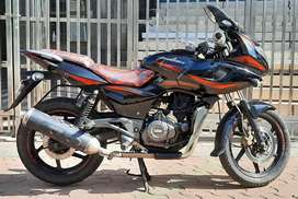 BAJAJ PULSAR 220 BS4 2018 IN IMMACCULATE CONDITION