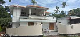 9Years Old House 6 Cent Plot 2000 Sq. Ft 4 Bhk Sale Asramam