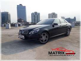Mercedes Benz E250 AVG 2015 Elegant Black