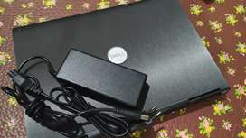 Laptop Dell second rasa baru