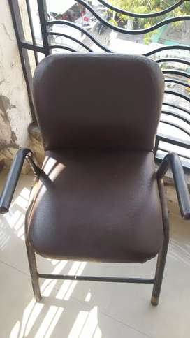 2 Chairs 2 beans chair for sale