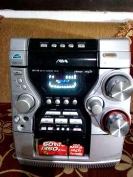 SonyAiwa Amplifier 1000 watts PMPO, radio digital, AUX, merk Japan
