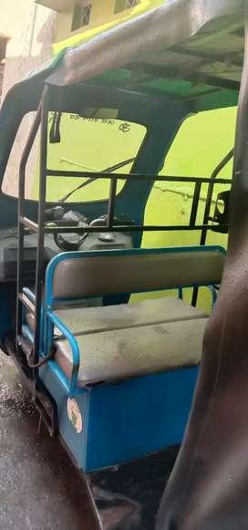 Urgent sale good condition e-rickshaw