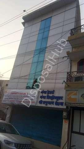 Commercial Building (Jarvaya Alias Heerapur)