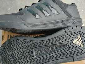Adidas Men Originals( BRAND NEW)
