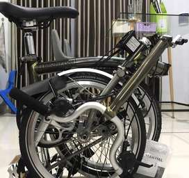 Brompton Raw Lacquer M6LX Titanium Superlight