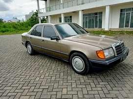 Mercedes benz W124 boxer 300E list becak (MT) 89