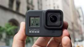 Go pro hero 8 just like new with box