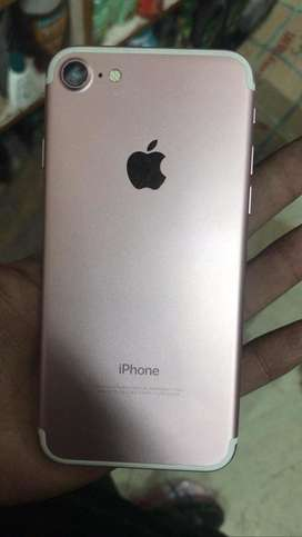 Iphone 7 rose gold 128gb good condition no promblen