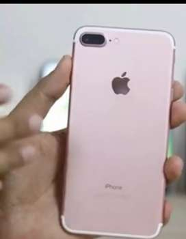 7 plus 128 GB available