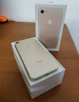 Refurbished Apple I phone 7 Model is available with us at best price