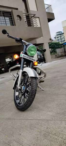 Royal Enfield Classic Bullet 350 cc no problem all documents complete