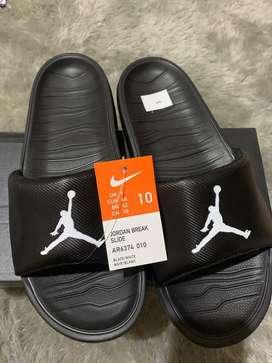 Sandal Nike Jordan Break Slide hitam BNIB US 10/44 ORIGINAL