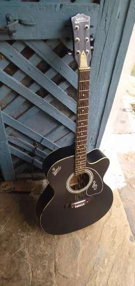 Guitar in very good condition