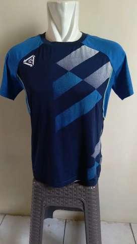 Kaos sport second import brand Per Formance size M