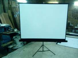 Projector screen with tripod stand size 84 inches