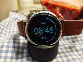 New Condition Moto 360 2nd Gen 46mm with Extra Strap