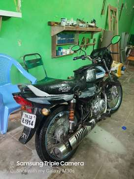 Good condition bike,  recently change back tayer and engine oil