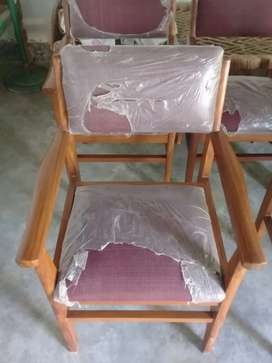 chairs selling