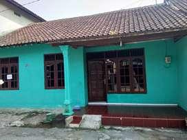 Dikontrakkan Rumah Daerah Maguwoharjo Depok 20 Juta Nego