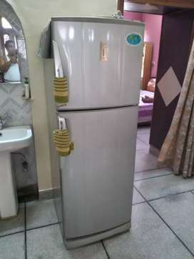 Double Door Fridge 335 Litre