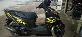 Yamaha Ray ZR new condition..