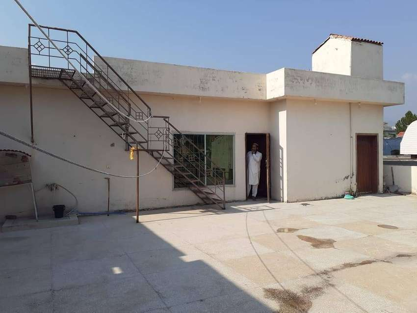 1 kanal house for rent in LVL Socity 0
