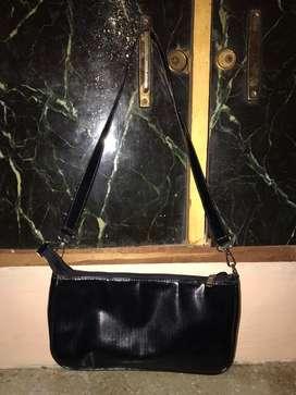 Tote bag black.