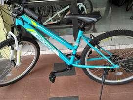 Sepeda Polygon Monarch (Biru)