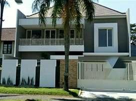Rumah baru super cantik mewah dikawasan bergengsi kota Malang