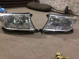 Toyota Land Cruiser 2010 Head Lights