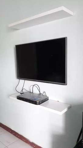 hasil pemasangan bracket tv led lcd nempel gantung di tembok