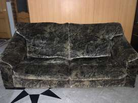 4 seater Sofa Luxury Used