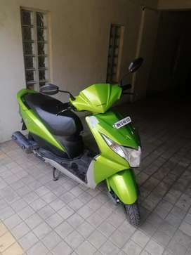 Green honda dio | Perfect condition | New battery, tyre