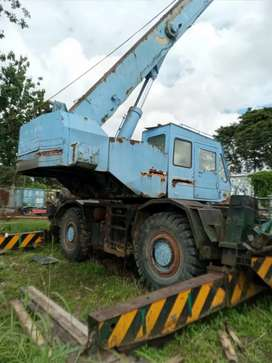 Dijual cepat crane tadano 25 ton